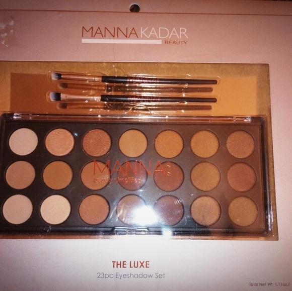 Manna Kadar Beauty Other - Manna Kadar Luxe eyeshadow set
